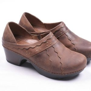 Dansko Brown Slip On Leather Clogs Shoes Size 38